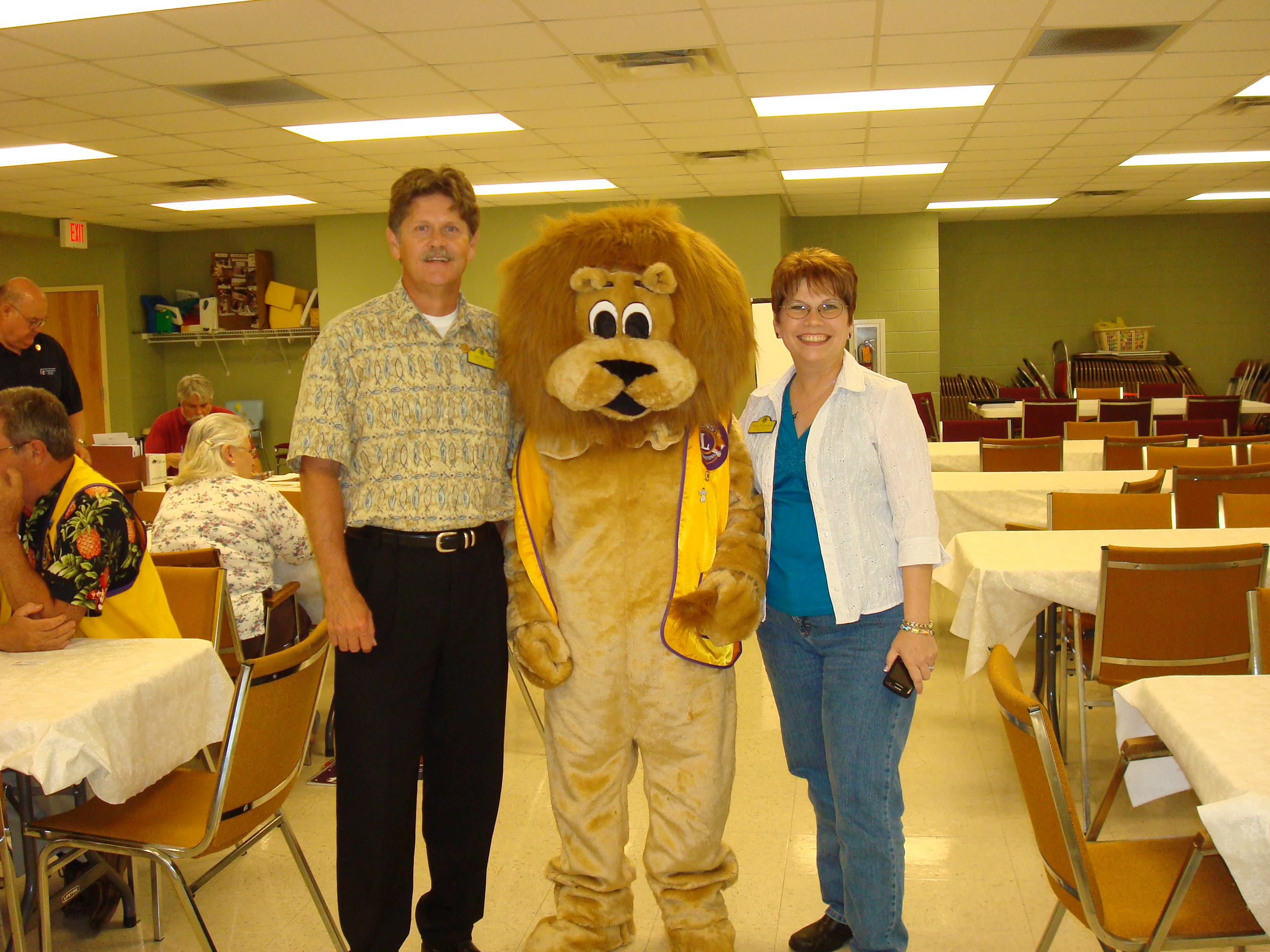 Lions John Black, Paws, and Diane Wilkerson